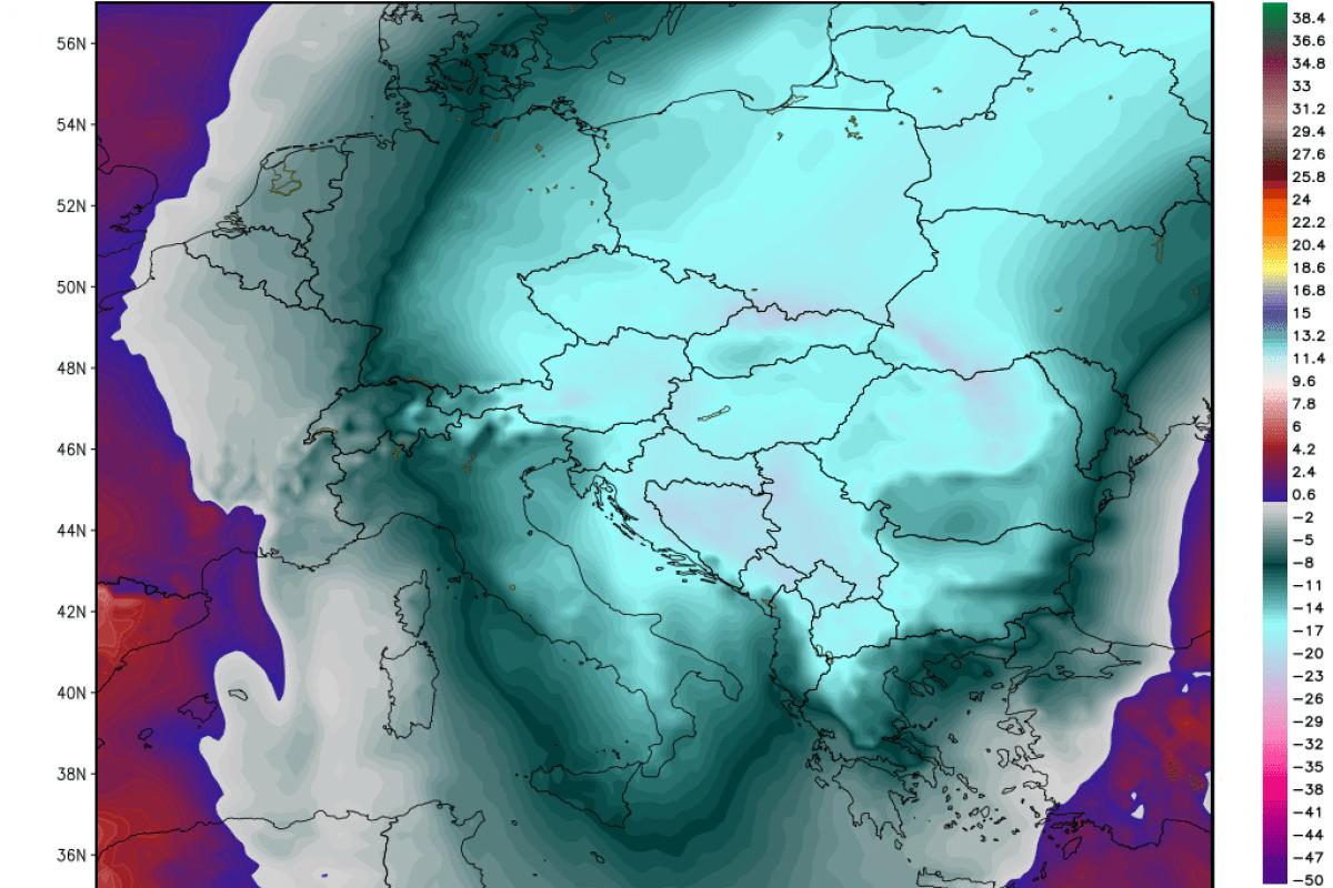 Prihajajo močni sunki severnega vetra, posledično pa izrazit občutek mraza