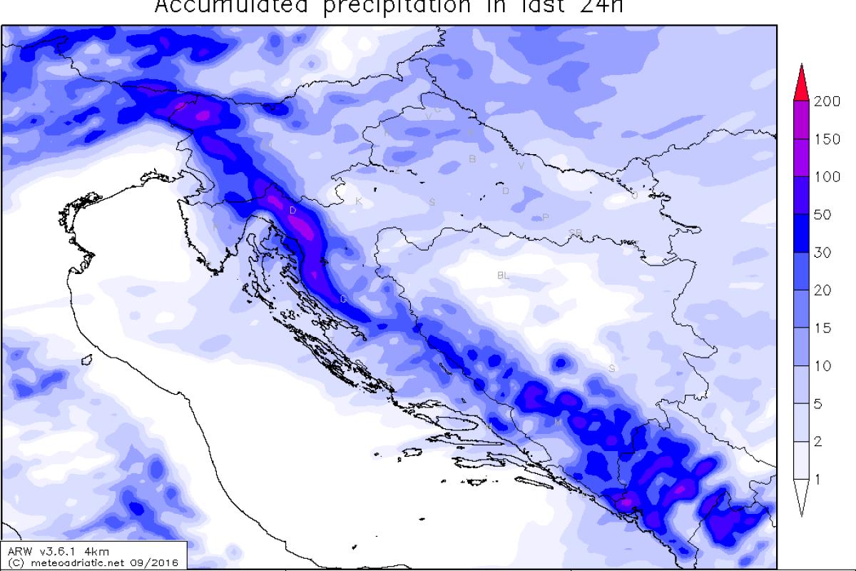 Prihaja hladna fronta, meja sneženja se bo v sredo zjutraj spuščala