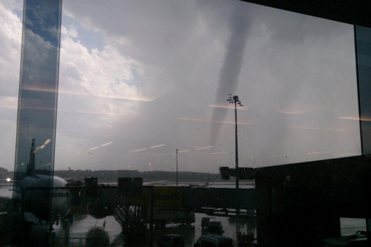 Popoldan je na Dunaju nastal velik tornado!