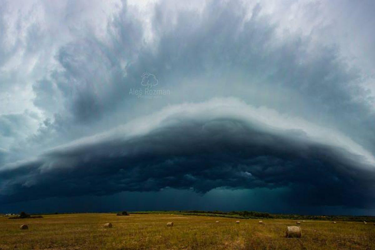 Obeta se nam pestra vremenska situacija. Možna krajevna neurja z močnim vetrom, nalivi in debelejšo točo