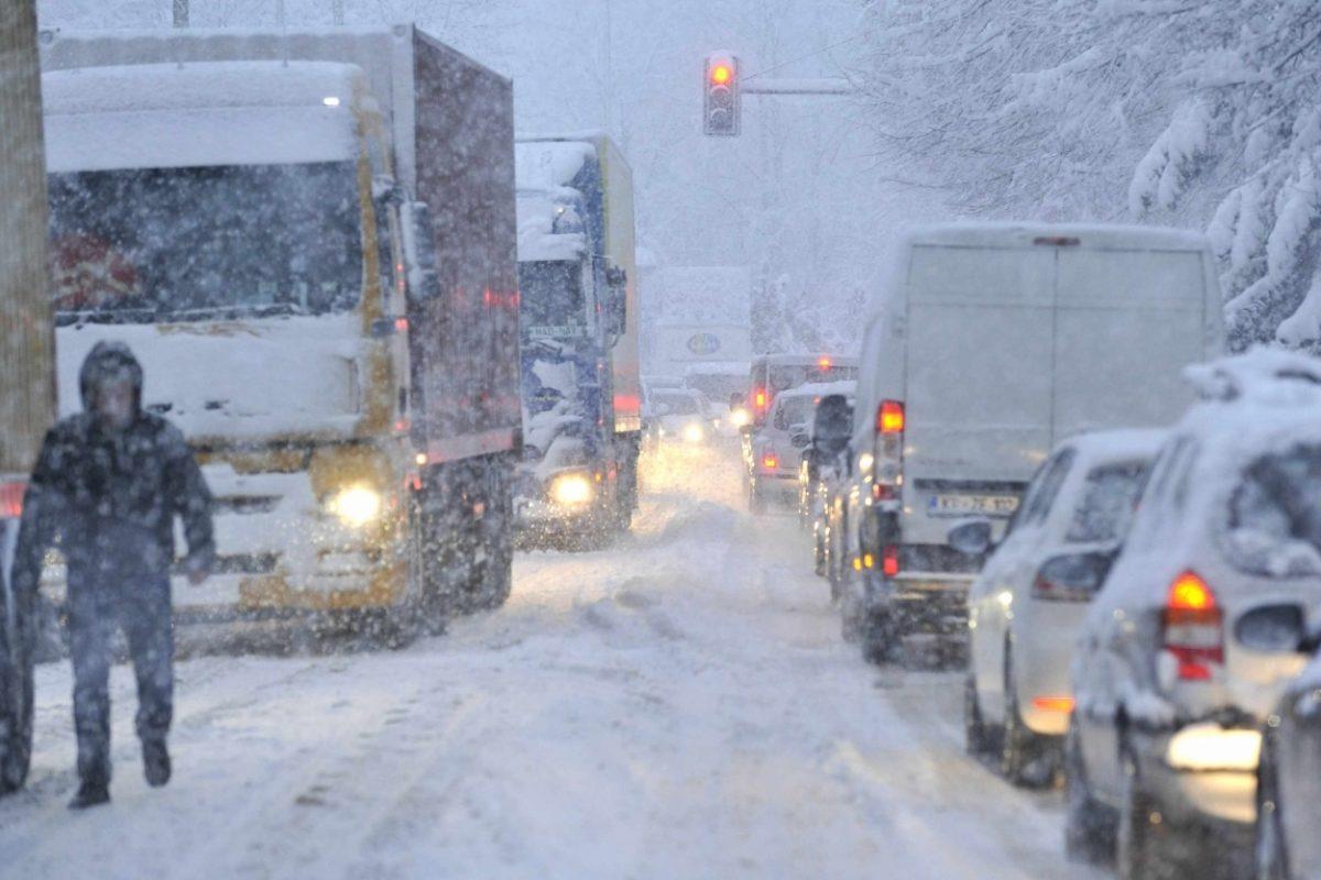 Največ snega bo na Notranjskem in v višjeležečih predelih Slovenije