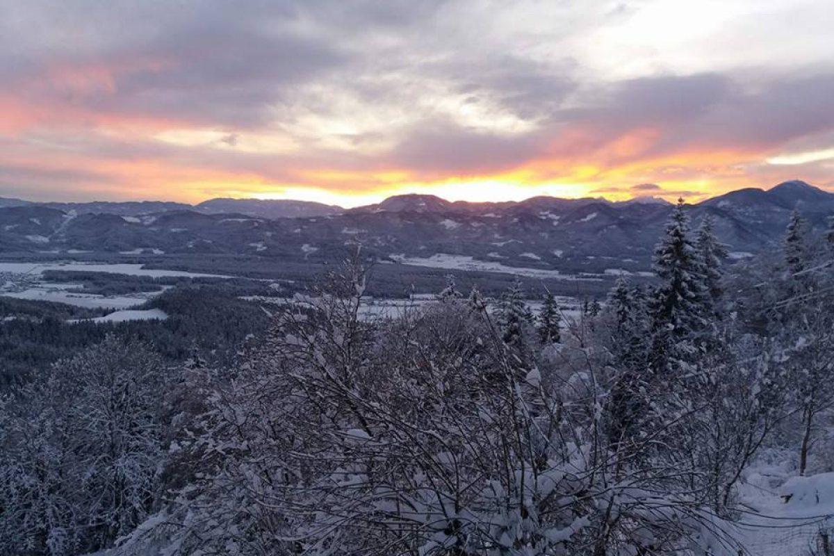 Zbudili smo se v mrzlo jutro, v Novi vasi (Bloke) je bilo izmerjenih -22 °C