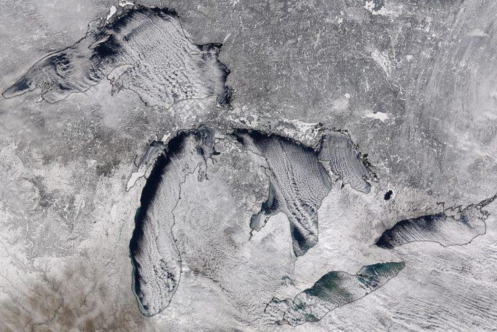 Obilno sneženje zaradi učinka jezera